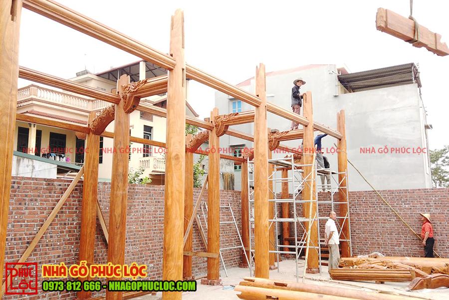 Quá trình lắp dựng một căn nhà gỗ 5 gian